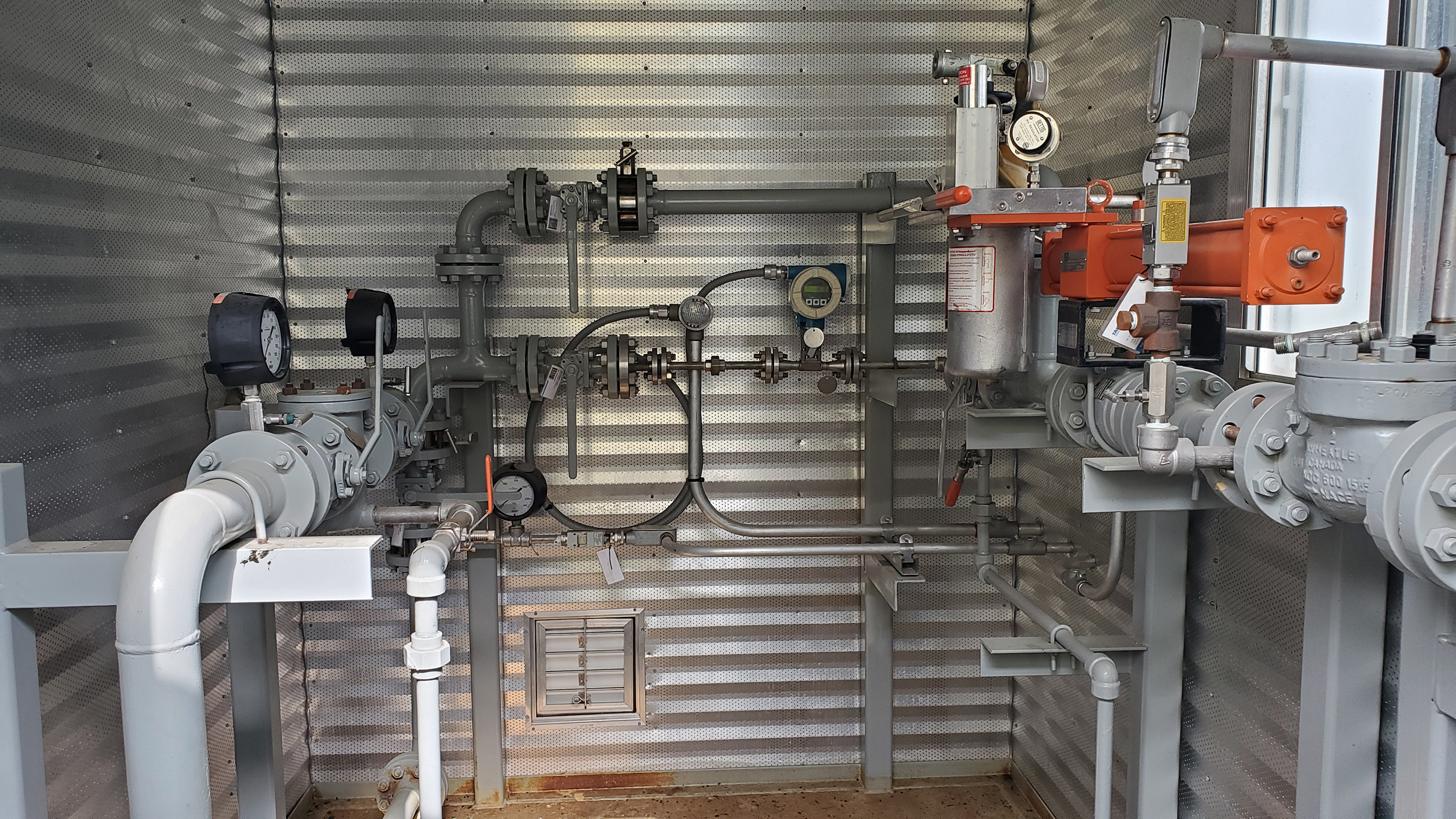 Interior 1 - used / surplus water transfer or oil transfer pump packages for sale in Alberta