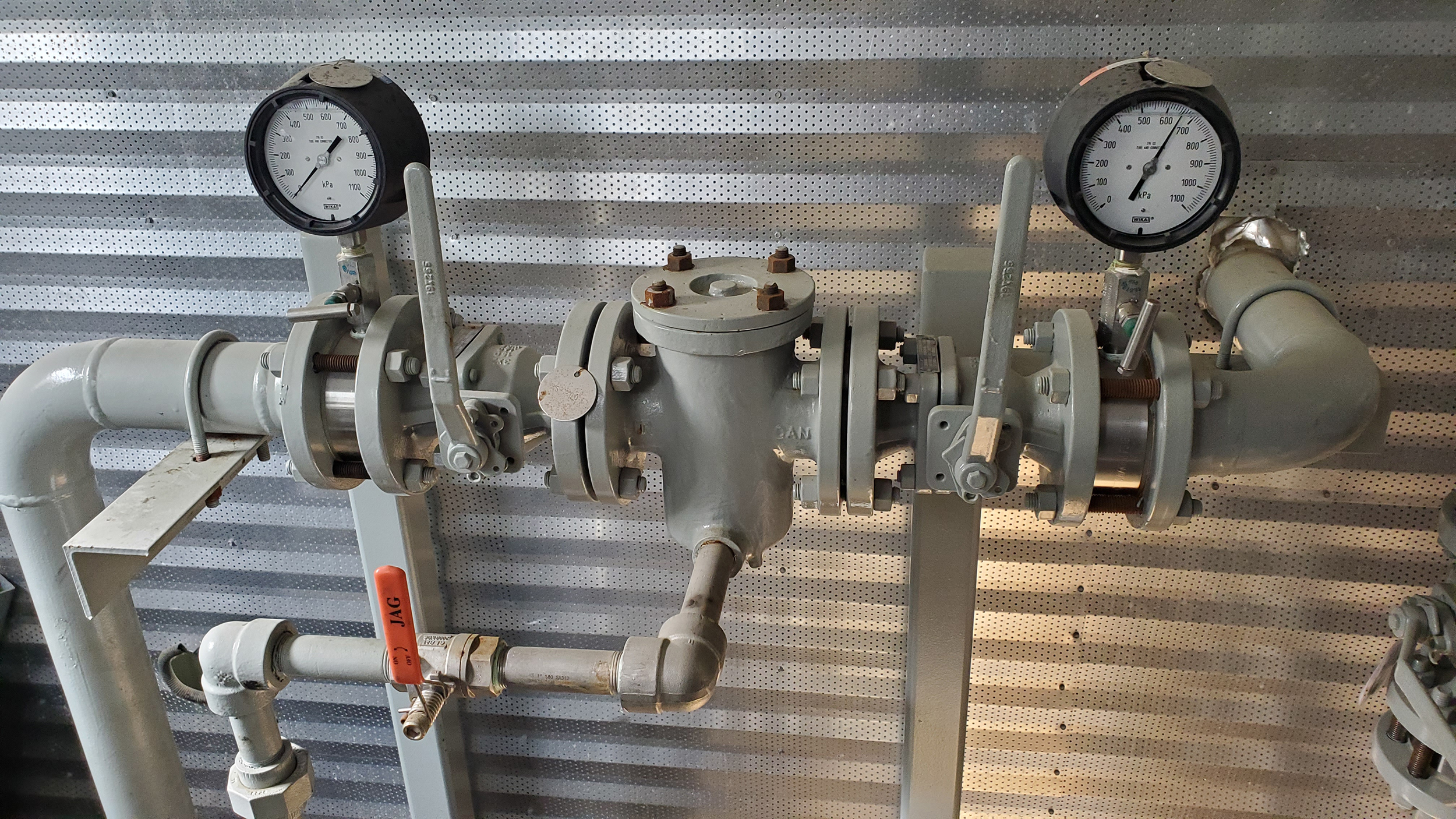 Interior 2 - used / surplus water transfer or oil transfer pump packages for sale in Alberta